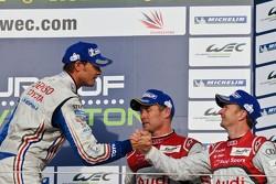 Alexander Wurz congratulates Tom and Allan