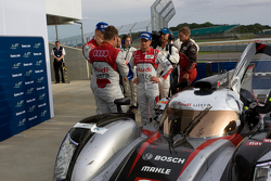 Audi Drivers talk after the race