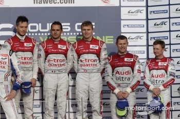 Overall podium: race winners Andre Lotterer, Benoit Trluyer, Marcel Fssler, third place Allan McNish, Tom Kristensen
