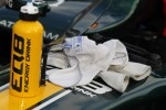 Gloves of Giedo Van der Garde during red flag
