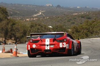 #63 Scuderia Corsa Ferrari 458: Oliver Beretta, Alessandro Balzan