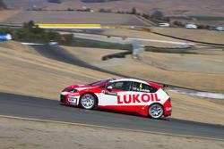 Alexey Dudukalo,SEAT Leon WTCC, Lukoil Racing Team