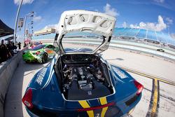 #28 Ferrari of Beverly Hills 458CS engine