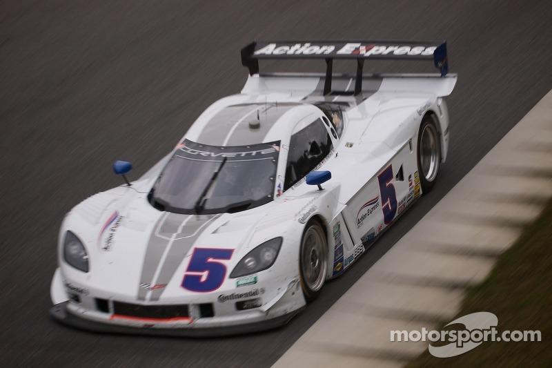 #5 Action Express Racing Corvette DP: Terry Borcheller, David Donohue, Brian Frisselle 0