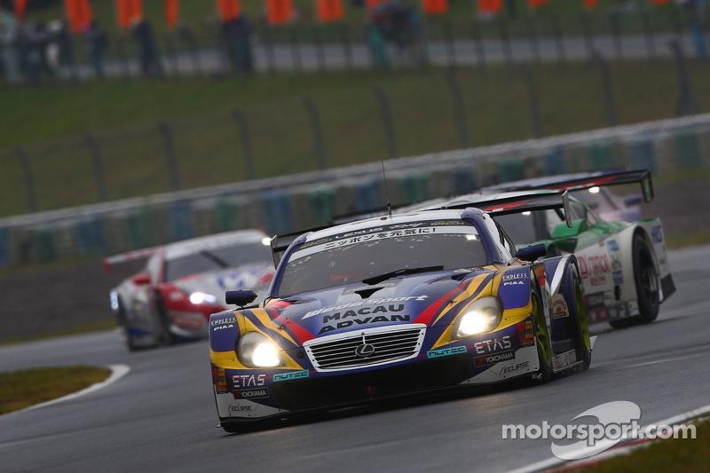 #19 Lexus Team WedsSport Bandoh Lexus SC430: Seiji Ara, Andre Couto