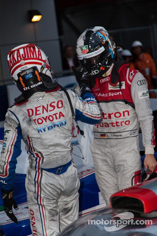 Kazuki Nakajima and Andre Lotterer congratulate each other