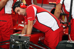 Mechanic works on the Ferrari F2012 of Fernando Alonso, Ferrari
