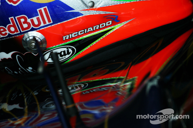 The helmet of Daniel Ricciardo, Scuderia Toro Rosso