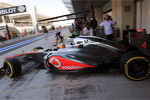Lewis Hamilton, McLaren leaves the pits