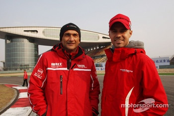 Gabriele Tarquini, SEAT Len WTCC, Lukoil Racing Team and Tiago Monteiro, Honda Civic Super 2000 TC, Honda Racing Team Jas