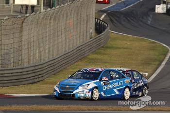 Robert Huff, Chevrolet Cruze 1.6T, Chevrolet and Tom Coronel, BMW 320 TC, ROAL Motorsport