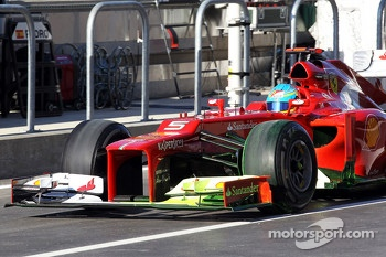 Fernando Alonso, Ferrari running flow-vis paint