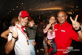 Tiago Monteiro, Honda Civic Super 2000 TC, Honda Racing Team Jas with his sons and Gabriele Tarquini, SEAT Leon WTCC, Lukoil Racing Team
