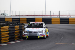 Alex MacDowall, Chevrolet Cruze