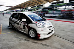 #26 Honda Jazz: Tengku Ezan Ley, Farriz Fauzy