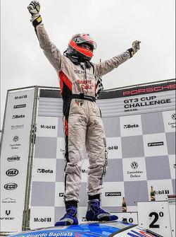 Race winner Ricardo Baptista