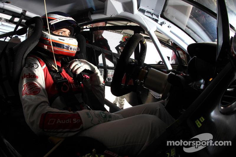 #24 Audi Sport Customer Racing/AJR Audi R8 Grand-Am: Filipe Albuquerque practices driver changes