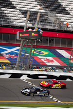 #85 Auto Gallery Ferrari 458: John Farano takes the checkered flag in front of #24 Auto Gallery Ferrari 458: Carlos Kauffmann