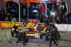 PIt stop for #30 MOMO/NGT Motorsport Porsche GT3: Jakub Giermaziak, Henrique Cisneros, Sean Edwards, Patrick Pilet