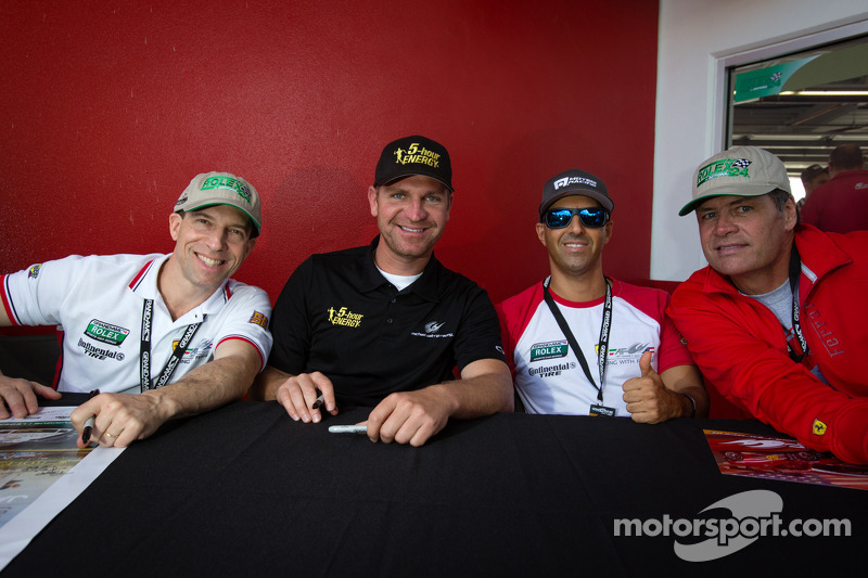 Robert Kauffman, Clint Bowyer, Rui Aguas and Michael Waltrip