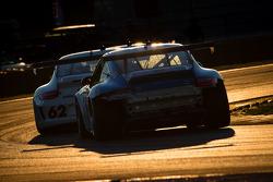 #19 Muehlner Motorsports America Porsche GT3: Mark Thomas, Kevin Roush, Ollie Hancock, Eliseo Salazar, Eduardo Costabal