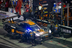 PIt stop for #10 VelocityWW Corvette DP: Max Angelelli, Jordan Taylor, Ryan Hunter-Reay