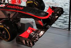 McLaren MP4-28 front wing