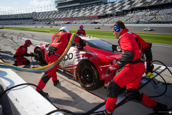 Pit stop for #69 AIM Autosport Team FXDD with Ferrari Ferrari 458: Emil Assentato, Anthony Lazzaro, Nick Longhi, Mark Wilkins