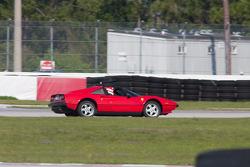 Ferrari 305 GTS