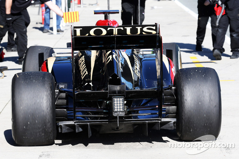 Romain Grosjean, Lotus F1 E21 rear diffuser