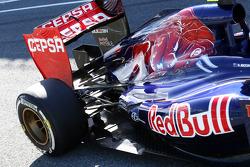 Daniel Ricciardo, Scuderia Toro Rosso STR8 rear suspension