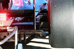 Scuderia Toro Rosso STR8 rear diffuser detail