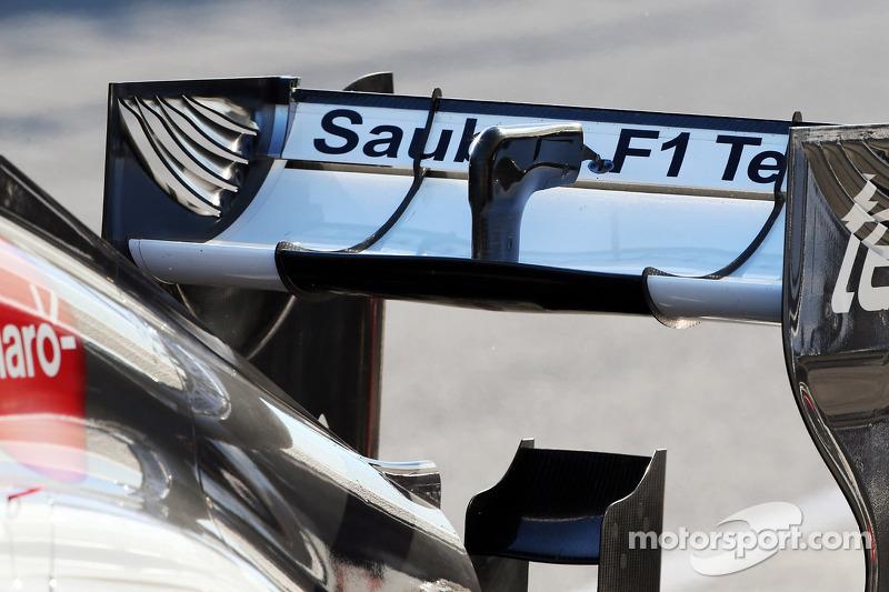 Sauber C32 rear wing