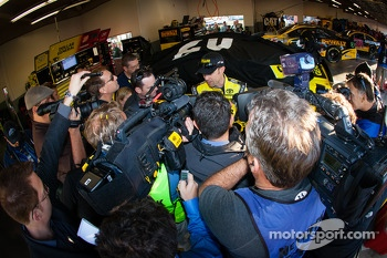 Matt Kenseth, Joe Gibbs Racing Toyota talks with the media after the crash