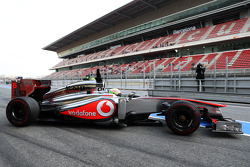 Sergio Perez, McLaren MP4-28 leaves the pits