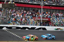 Kyle Busch, Joe Gibbs Racing Toyota takes the checkered flag ahead of Kasey Kahne, Hendrick Motorsports Chevrolet