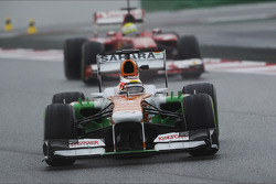 Jules Bianchi, Sahara Force India F1 Team VJM06 leads Felipe Massa, Ferrari F138