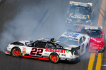 Last lap crash: Brad Keselowski, Kyle Larson and Dale Earnhardt Jr. crash