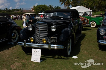1936 Fleetwood Cadillac Convertible Sedan