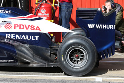 Williams FW35 rear wing and exhaust