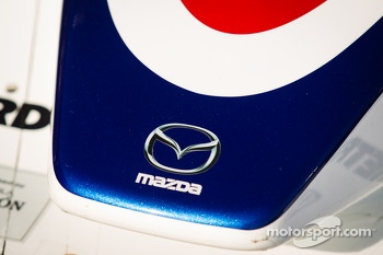#16 Dyson Racing Team Lola B12/60 Mazda nose detail