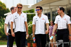 Jenson Button, McLaren with Sergio Perez, McLaren and Gary Paffett, McLaren Test Driver