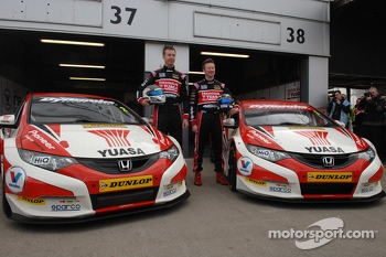 Honda Yuasa Racing Gordon Shedden and Matt Neal