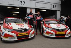 Honda Yuasa Racing Gordon Shedden and Matt Neal