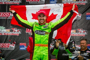 Victory circle: race winner James Hinchcliffe, Andretti Autosport Chevrolet celebrates