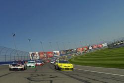 Pace laps: Denny Hamlin and Matt Kenseth