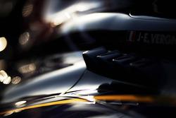 Jean-Eric Vergne, Scuderia Toro Rosso STR8 engine cover