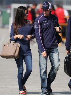 Pastor Maldonado, Williams with his wife Gabriele Tarkanyi