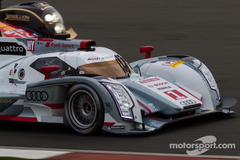 #1 Audi Sport Team Joest Audi R18 e-tron quattro: Andre Lotterer, Benoit TrÈluyer, Marcel Fässler