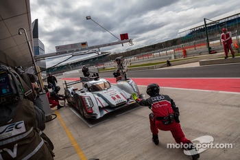 #1 Audi being sent back into the fray